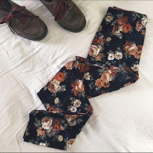 Infinity Raine Pants - Brushed Knit Floral Leggings