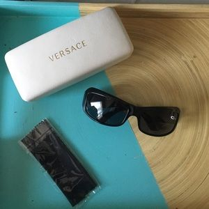 Versace Accessories - Versace Sunglasses