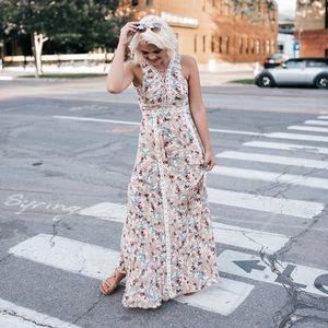 lulus Dresses & Skirts - Lulus floral Maxi
