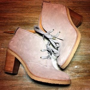 NWOB COACH Nikol Ankle Boot - Taupe - Size 6
