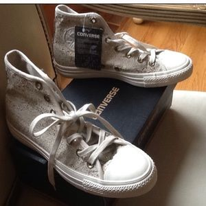 CONVERSE CHUCK TAYLOR DISTRESSED SEQUENCE HIGH TOP