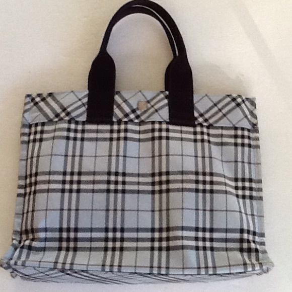 Burberry Handbag Discount