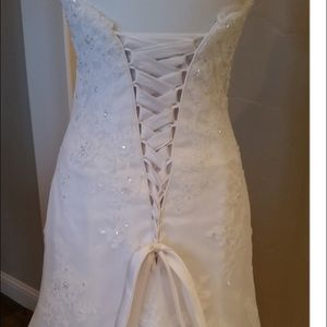 Maggie Soterro Dresses - Additional images of my Wedding Dress For Sale