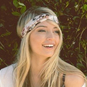 Vintage Floral Twist Headband - WHITE