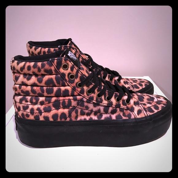 9c2e35dbe4ac cheetah platform vans Sale