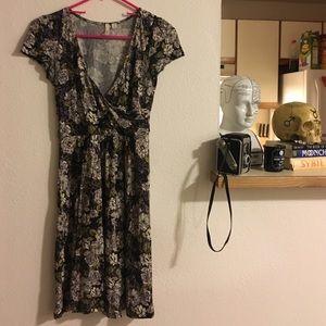 Frenchi Dresses & Skirts - Frenchi (nordstrom) floral dress