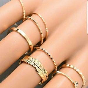 Jewelry - Gabby Midi Ring Set