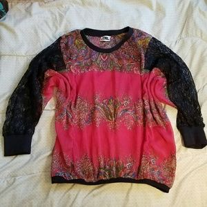 Del Toro Tops - Pink floral with black lace boho blouse euc