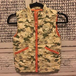 😍TIMBERLAND vest. Boys size 6