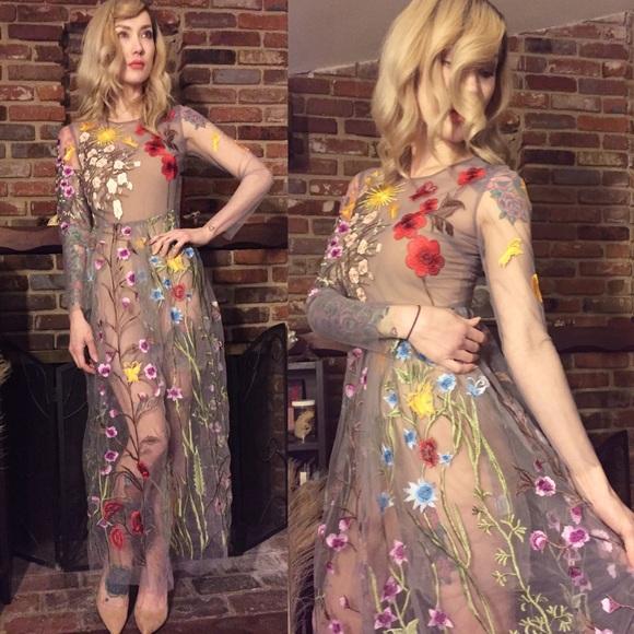 b3c4ea6ce9f Floral embroidered mesh maxi dress. M 588c13818f0fc45f90008192