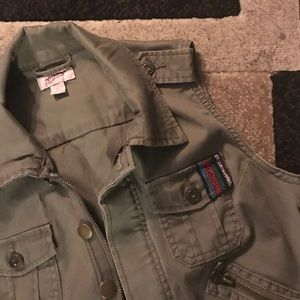 Arizona Jean Company Jackets & Blazers - Army green Vest, cropped. Junior Large
