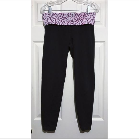 13e9ac1b3fc593 PINK Victoria's Secret Pants | Vs Pink Blackleopard Yoga Rhine ...