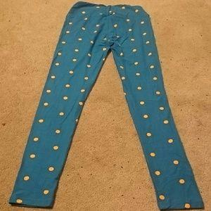 LuLaRoe Pants - Os leggings with polka dots
