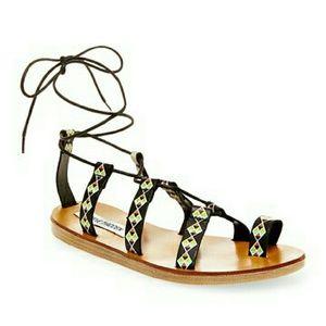 Steve Madden Shoes - Steve Madden Black Multi Colored Sandals 6 - New