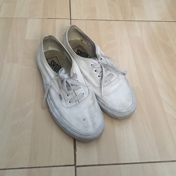 b1cce73637 Used white vans. M 588ca9d778b31ccd22022a93