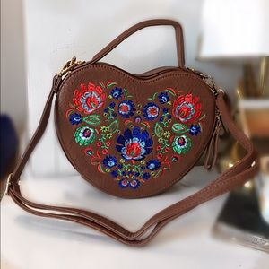 Heart Shaped Crossbody Bag (brown)