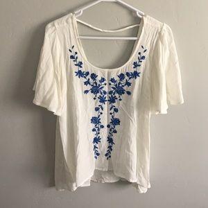 Blu Pepper Tops - Scoop back flutter sleeve embroidered top