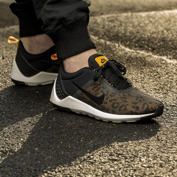 69b28d9621a6 NWT men s Nike lunarestoa 2 premium