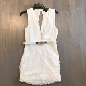 White lace low front open back mini dress w belt