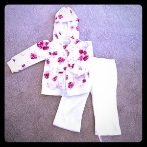 Koala Kids Other - Koala Baby Velvet Hoodie and Jogger Set - 6 mo