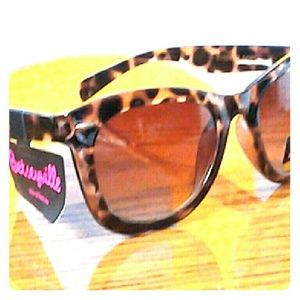 BGU (Big Girls United) Accessories - Sunglasses