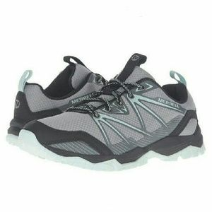 Merrell Shoes - 🔴Reduced🔴Merrell Sneaker Hiking Shoe 9 (fits 8