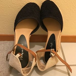 American Eagle by Payless Shoes - American Eagle high wedge espedrilles