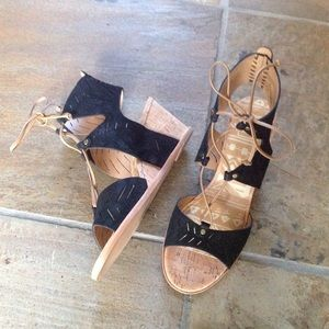 Dolce Vita Shoes - 🍃💕NIB Dolce Vita Leather Cork Wedge Sandal