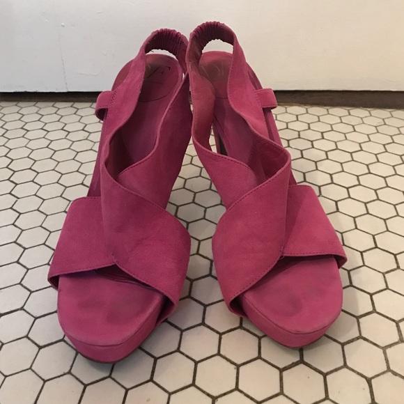 Diane von Furstenburg violet suede platforms, 9.