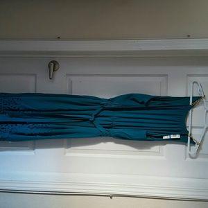 Hi lo dress with cutout hem