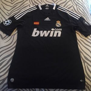 ⚽️ Authentic Real Madrid Jersey M