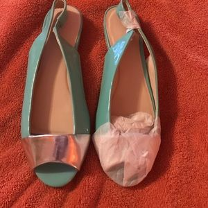 Size 8 Open toed sandals