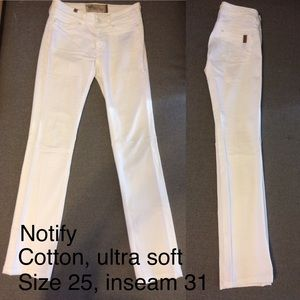 White Notify Jeans