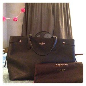 Kate Spade Handbags - Kate Spade Black Tote With dust bag