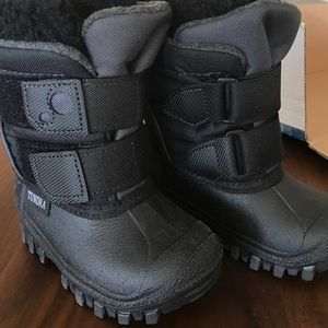 Tundra Shoes - Snow Boots Toddler 5 Tundra