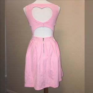 Tea n Cup Dresses & Skirts - ‼️SALE‼️💗Blush classic heart dress 💗
