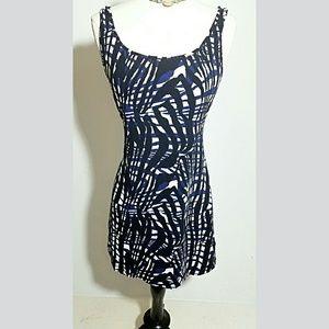 H&M Dresses & Skirts - H&M Tank dress with beautiful print Size L