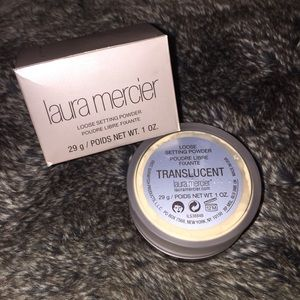 Laura mercier translucent powder + gift