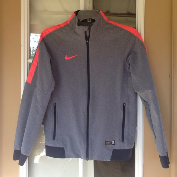 timeless design 2e4df 0f273 Nike Authentic Football Zip Jacket