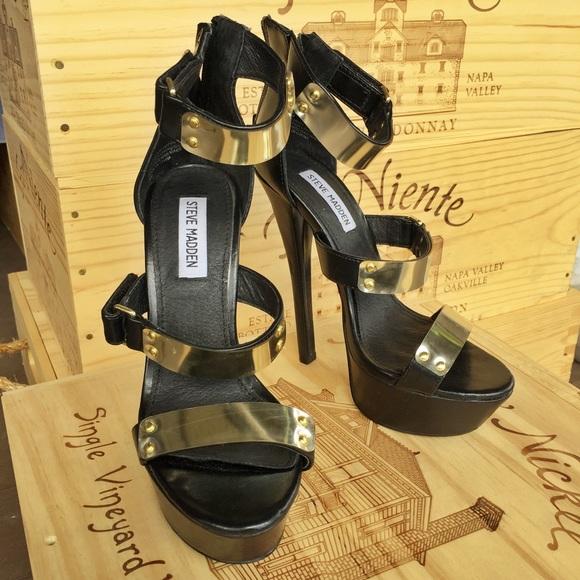 d85021941af HOT Steve Madden gold plated SLAY heels   6.5