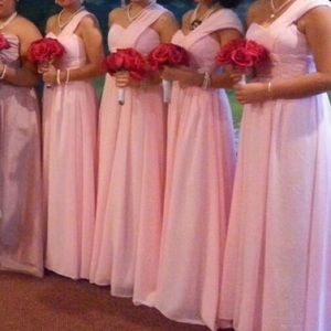 Dresses & Skirts - Soft Pink Bridesmaid's Dress