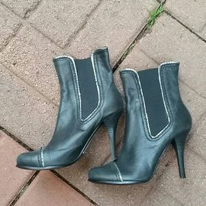 Above ankle black leather boot NEW!
