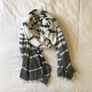 NWOT Ann Taylor scarf