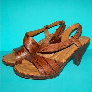 Born Brown Leather Wedge Sandals 9 Blini