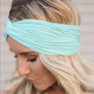Just in! Mint green twist headband