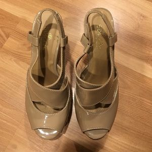 Sbicca Shoes - SBicca Erica nude patent leather  size 7.