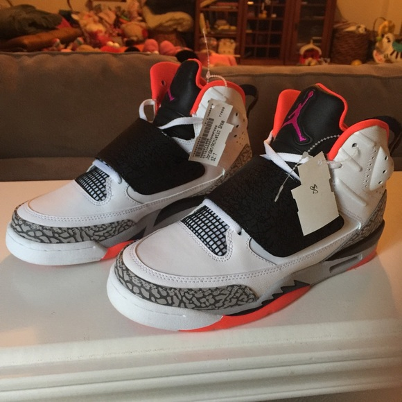 quality design a47ee 48afd Air Jordan Son of Mars Hot Lava. M 588d4f60f0137db5c1027978