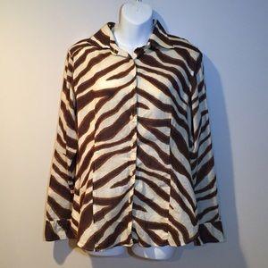 Michael Kors Animal print Buttondown top. Size 14