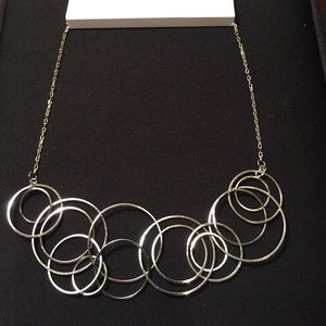 H&M Jewelry - ❤️ H&M Silver-tone Linked Hoops Statement Necklace