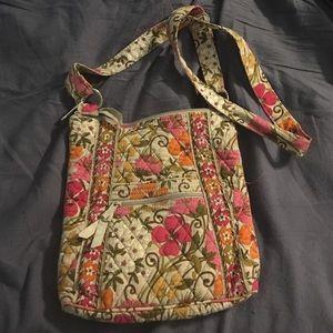 Vera Bradley Handbags - Vera Bradley Crossbody!